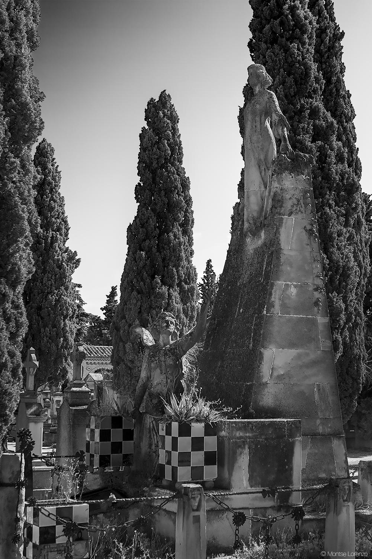 Panteón de las Familias Murillo y Portolés